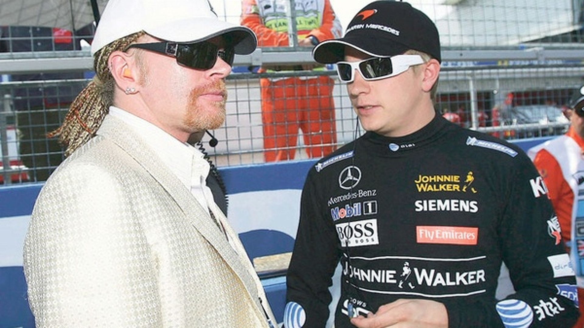 2009-165318-axl-rose-and-kimi-raikkonen1